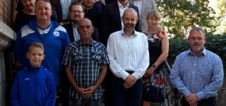 Förderung durch die Bürgerstiftung für Quedlinburg 2019 – 2.000 Euro für den Kunstrasenplatz -ganz herzlichen Dank dafür an den Vorstand um Rainer Wissing und Klaus Raymund und das Kuratorium – danke auch für die Einladung zur symbolischen Übergabe